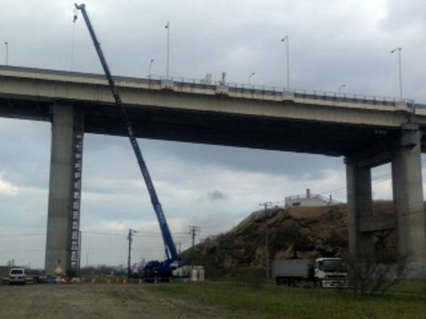 白鳥大橋工事を承りました。